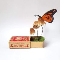 Artist designs exquisite live size insects sculptures from recycled Materials