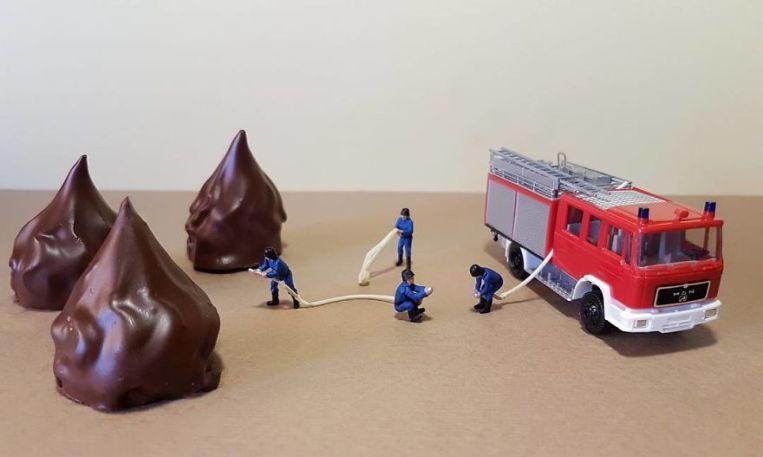 dessert-miniatures-pastry-chef-matteo-stucchi-22-5820e13d2938d__880