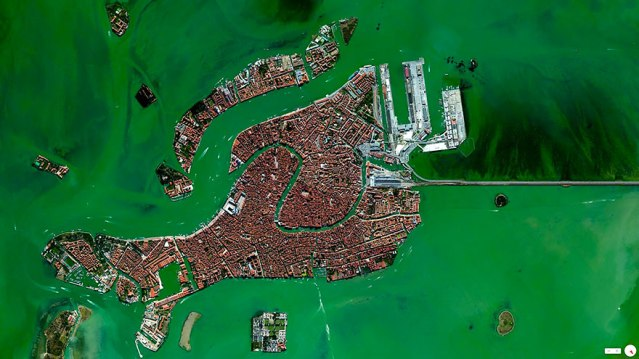 satellite-aerial-photography-daily-overview-benjamin-grant-105-5816f7c92b57b__880