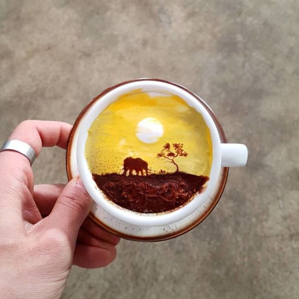 Artistic-barista-from-korea-who-draws-art-on-coffee-5912bf3e50dd6__700