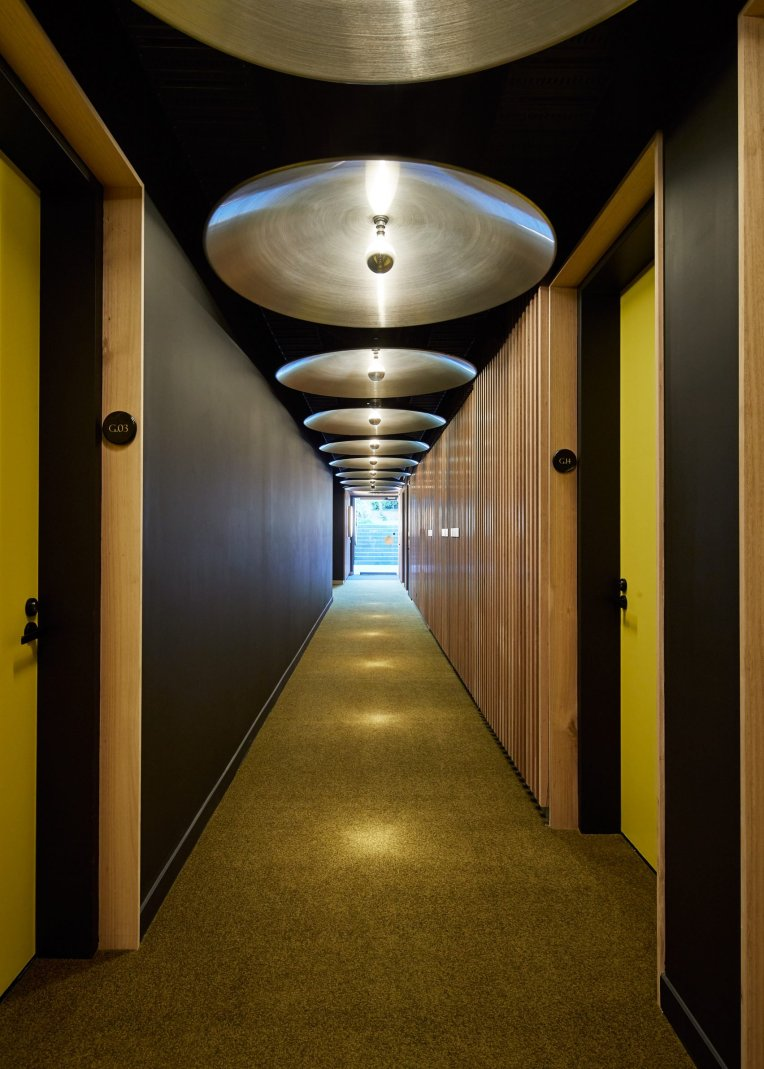 cirqua-apartments-bkk-architects-architecture_dezeen_2364_col_4-1704x2385