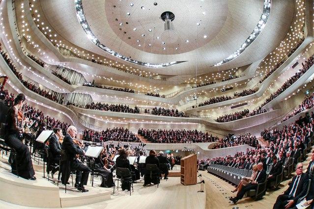 algorithms-design-concert-hall-elbphilharmonie-hamburg-germany-59d1e12c500a9__880