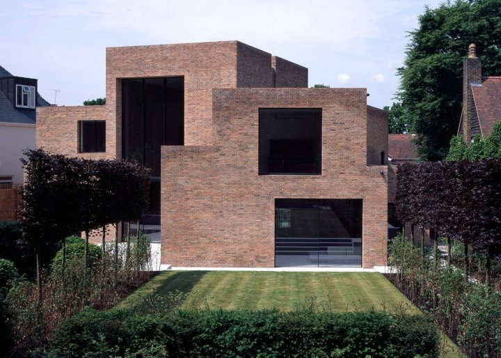 riba-house-of-the-year-award-architecture-residential_dezeen_2364_ss_6-1704x1217