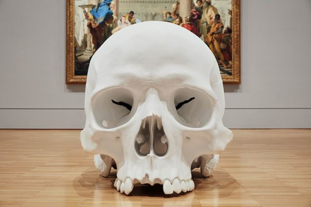 ron-mueck-national-gallery-victoria-triennial-11