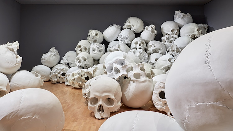 ron-mueck-national-gallery-victoria-triennial-2