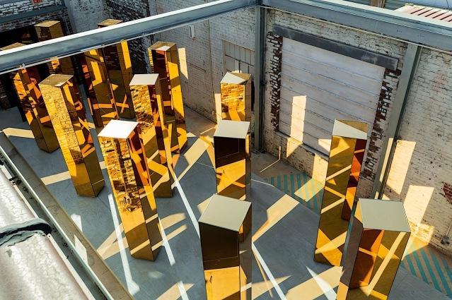 Spirit-of-the-City-Installation-P90304959-highRes