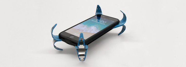 mobile-airbag-phonecase-drop-protection-designboom-1800