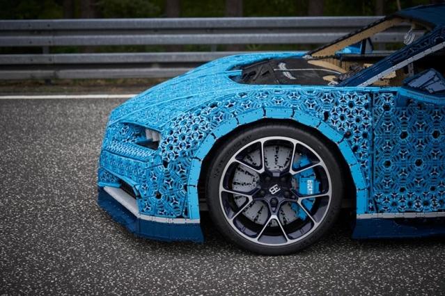 lego-bugatti-chiron-life-size-model-designboom-4