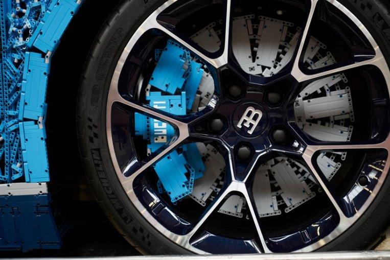 lego-bugatti-chiron-life-size-model-designboom-7