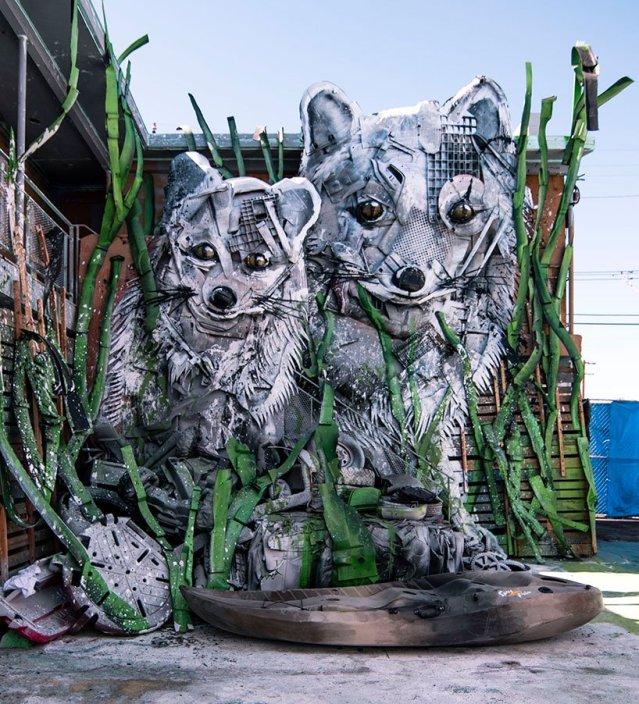 wild-wild-waste-zoo-parody-bordalo-II-las-vegas-designboom-07