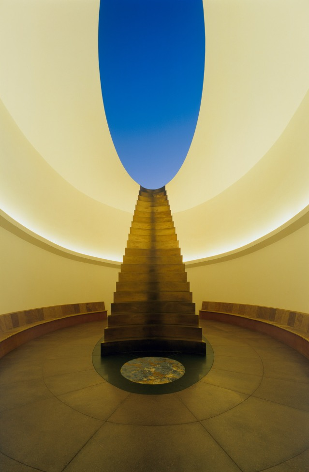 14.James_Turrell_Roden_Crater