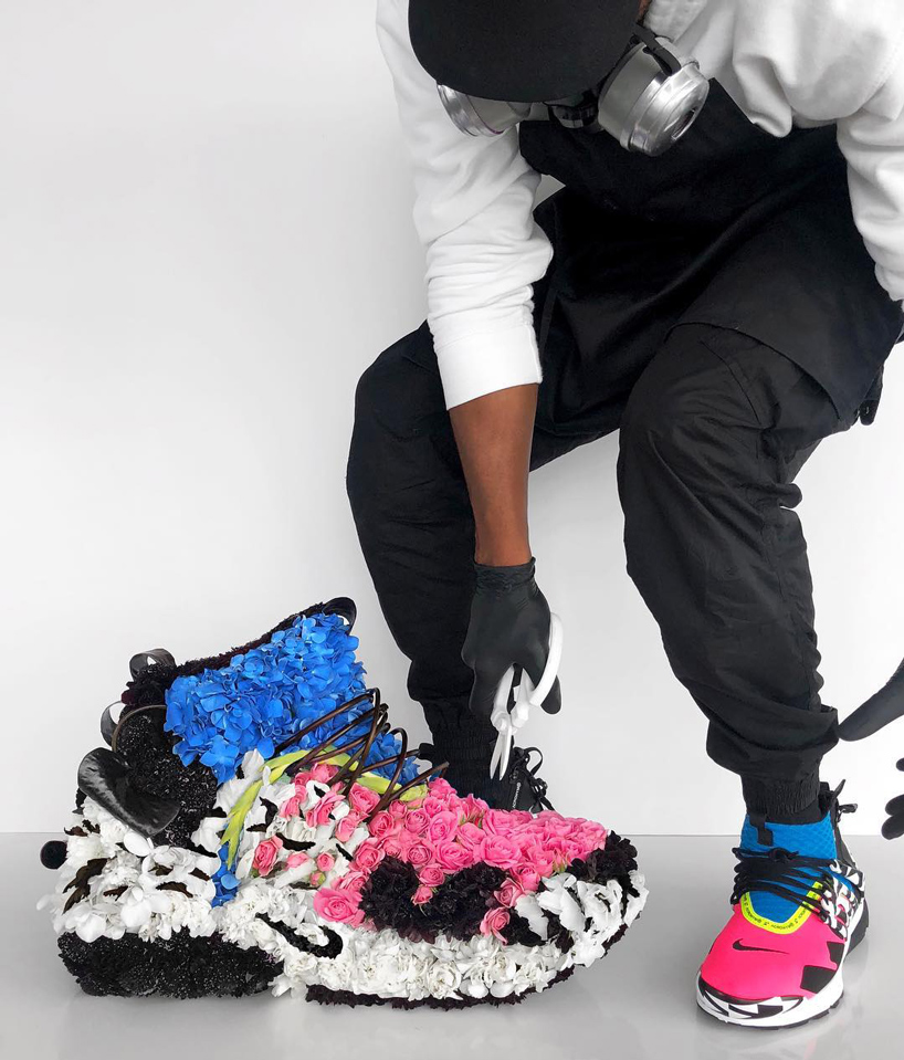 mr-flower-fantastic-turns-sneakers-into-floral-bouquets-4
