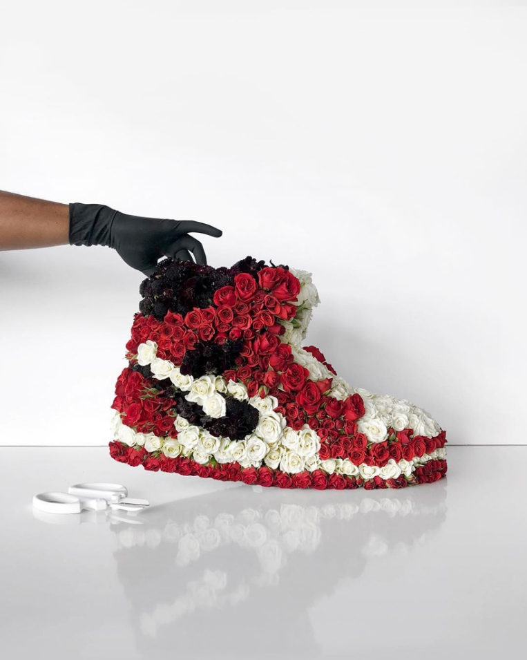mr-flower-fantastic-turns-sneakers-into-floral-bouquets-d-6