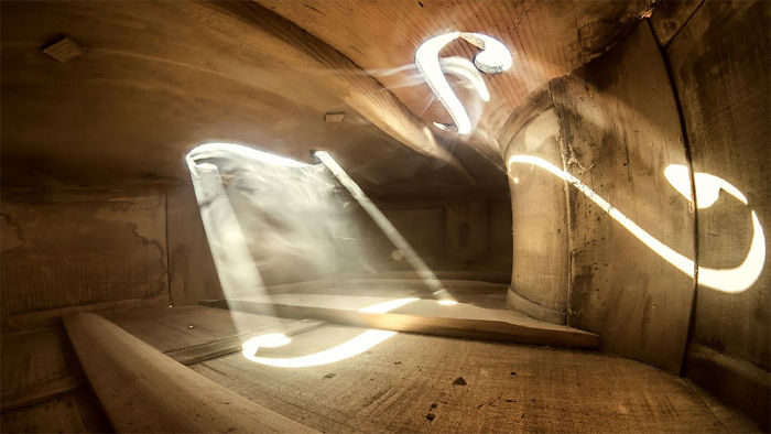 photographs-inside-cello-adrian-borda-20-5be18c1fd91c3__700